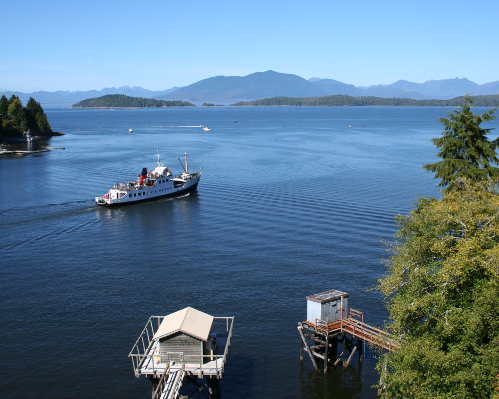Lady Rose Marine Services Cedarwood Lodge Bed And