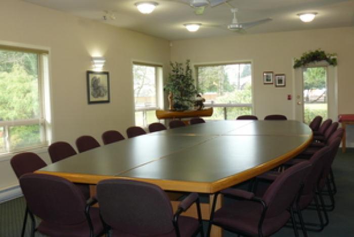 Port Alberni S Premiere Conference Centre Cedarwood Lodge Bed And Breakfast Inn